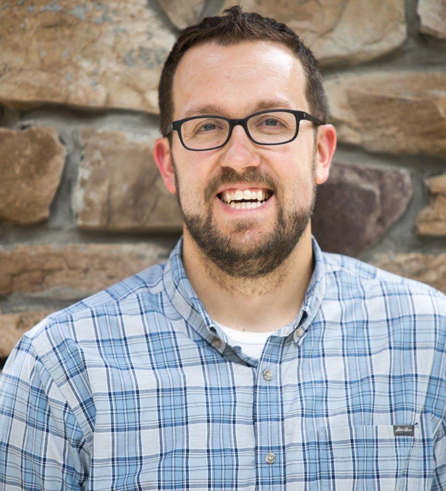 Sheaffer Smith - Web & Graphic Designer and Photographer